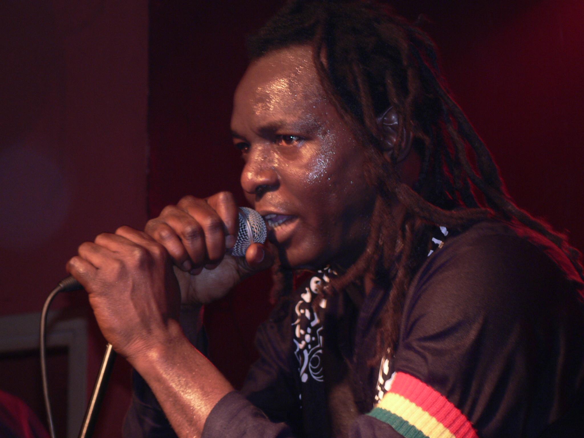 Alpha Wess : ''China Africa M'inquiète'',  un nouvel album bientôt dans les bacs !