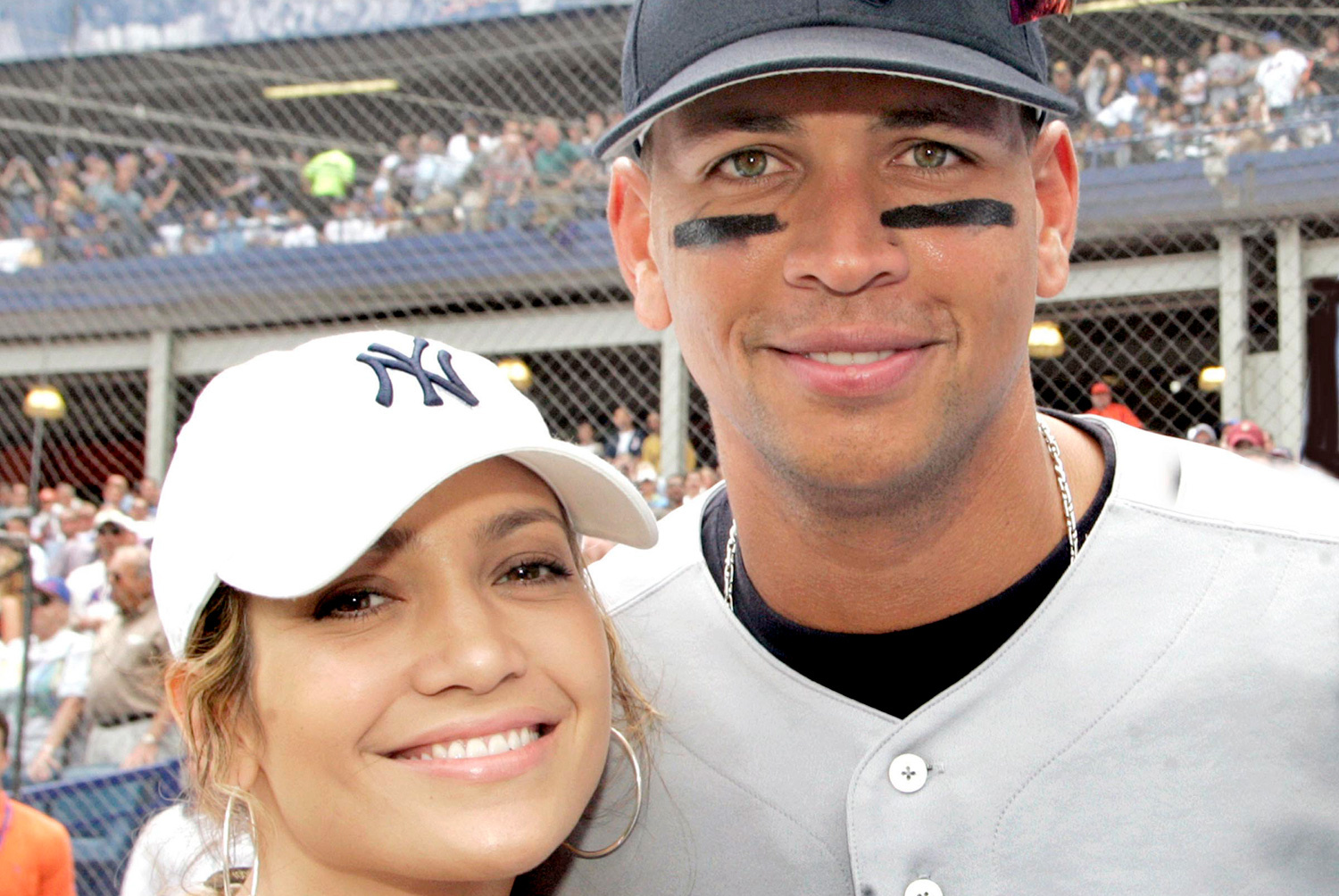 Jennifer Lopez officialise sa relation avec Alex Rodriguez