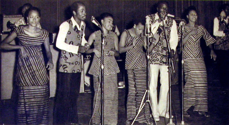 Bembeya Jazz National 1970 -Regard Sur Le Passé (SLP10)